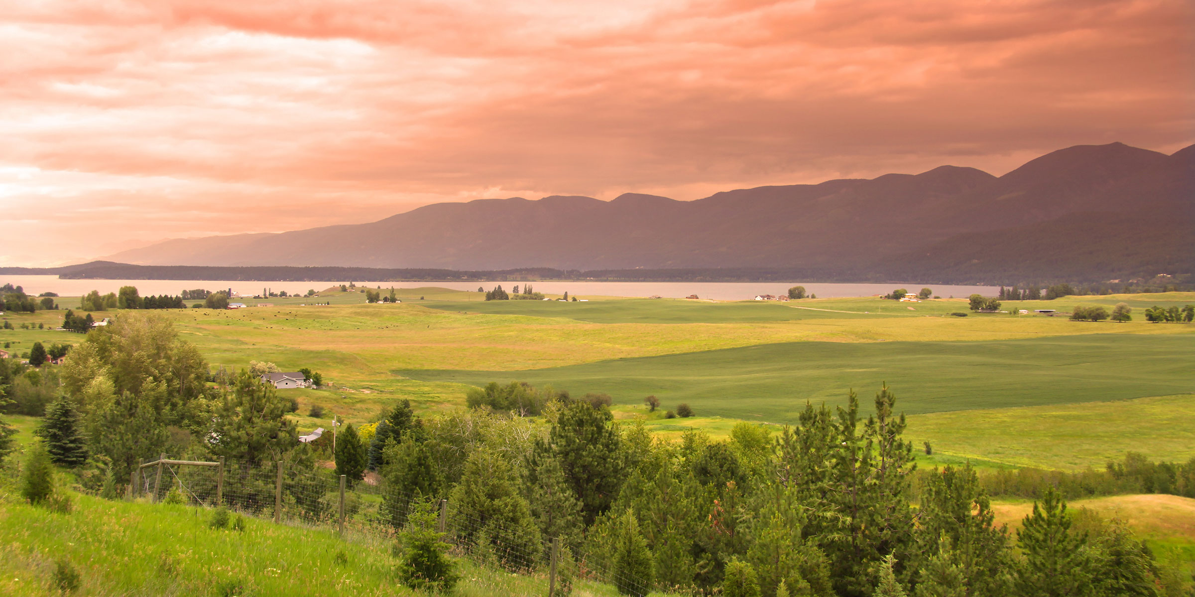 Flathead Valley / Flathead Lake at sunset